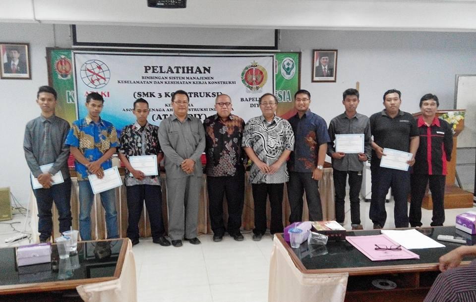 Pelatihan Kesehatan SMK 3 Konstruksi Yogyakarta